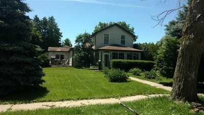 Walworth County Single Family Home For Sale: 975 W Charles St