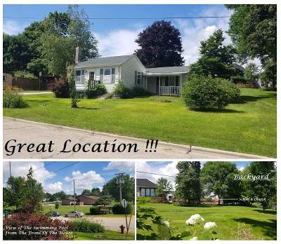 Iowa County Single Family Home For Sale: 413 S Dacotah St