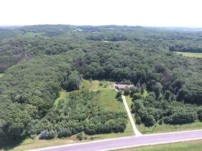 Columbia County Single Family Home For Sale: N9164 Muskrat Rd