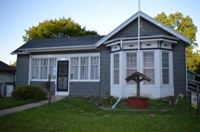 Green County Single Family Home For Sale: 1310 20th Ave