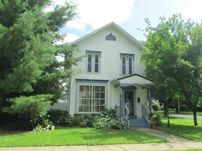 Evansville Single Family Home For Sale: 143 W Liberty St