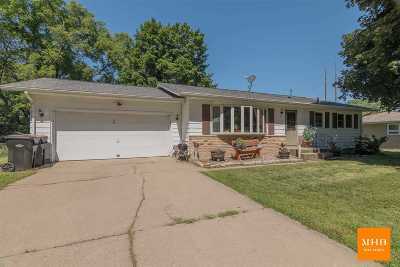 Deforest Single Family Home For Sale: 424 Anderson St
