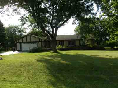 Janesville Single Family Home For Sale: 3912 S Nevada Tr