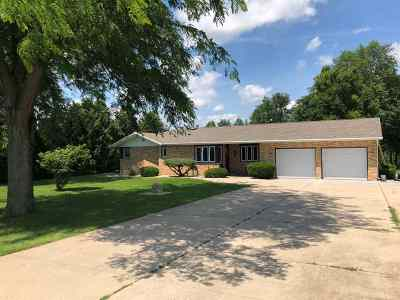 Milton Single Family Home For Sale: 9103 E L J Townline Rd