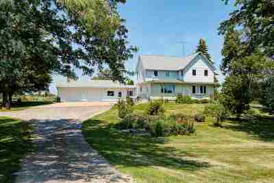 Dodge County Single Family Home For Sale: N6461 Hwy 151