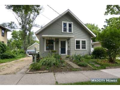 Madison Single Family Home For Sale: 708 Spruce St