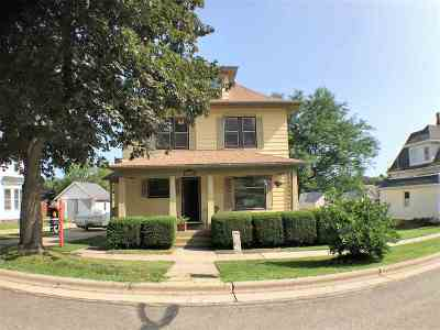 Green County Single Family Home For Sale: 412 5th Ave