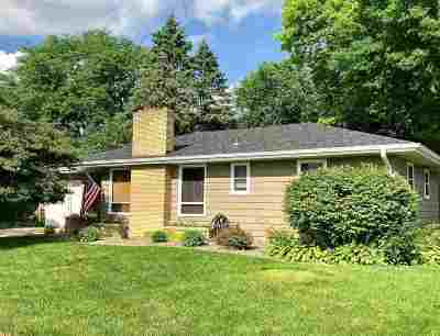 Janesville Single Family Home For Sale: 5 S Concord Dr
