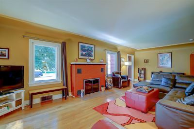 Pardeeville Single Family Home For Sale: 416 W Chestnut St