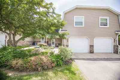 Verona Condo/Townhouse For Sale: 849 Hemlock Dr
