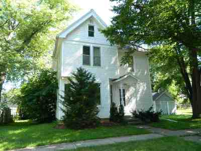 Green County Single Family Home For Sale: 605 E Exchange St