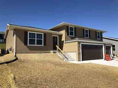 Rock County Single Family Home For Sale: 567 Falk Dr