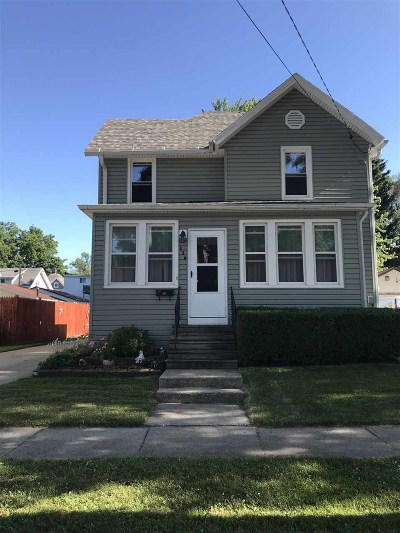 Dodge County Single Family Home For Sale: 112 Gould St