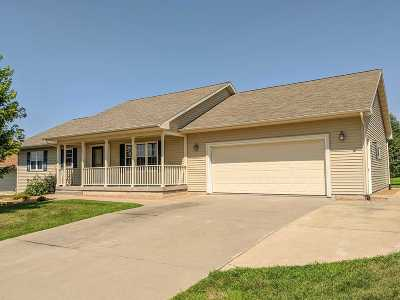 Sauk County Single Family Home For Sale: 724 Eastridge Dr