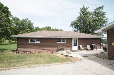 Iowa County Single Family Home For Sale: 1105 Silver St