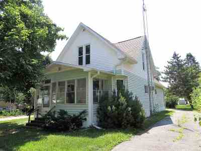 Single Family Home For Sale: 223 E 5th St