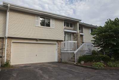 Windsor Condo/Townhouse For Sale: 4491 Golf Dr