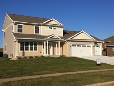 Mount Horeb WI Single Family Home For Sale: $389,900