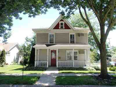 Green County Single Family Home For Sale: 1402 10th St