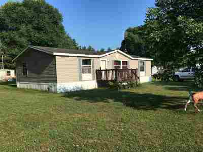 Iowa County Single Family Home For Sale: 401 N 7th St