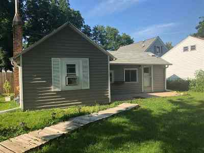 Janesville Single Family Home For Sale: 2008 Rockport Rd