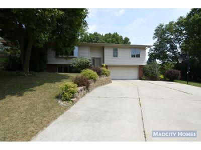 Waunakee Single Family Home For Sale: 5564 Maria Way