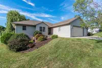 Sauk County Single Family Home For Sale: 1101 Tillberry Dr