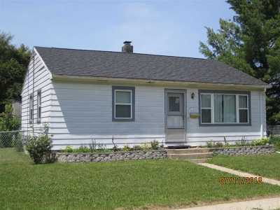 Rock County Single Family Home For Sale: 2102 S Jackson St