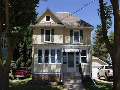 Dodge County Single Family Home For Sale: 112 W South St