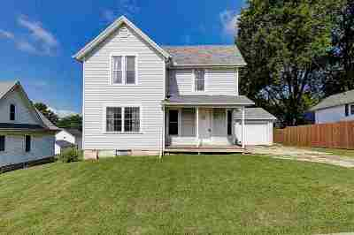 Columbia County Single Family Home For Sale: 305 Towyn St