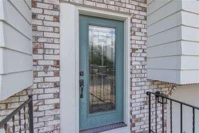 Cottage Grove Condo/Townhouse For Sale: 128 Woodview Dr #A