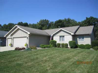 Janesville Single Family Home For Sale: 3747 N Wright Rd.