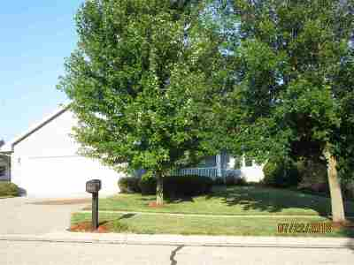 Evansville Single Family Home For Sale: 212 Campion Dr