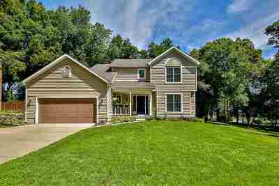 Janesville Single Family Home For Sale: 3315 Newcastle Dr
