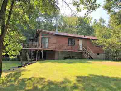 Friendship WI Single Family Home For Sale: $159,000