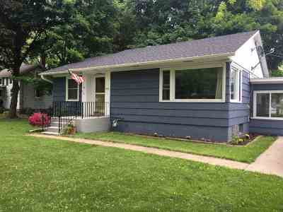 Evansville Single Family Home For Sale: 448 S Madison St