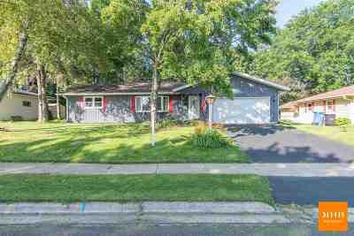 Oregon Single Family Home For Sale: 268 Waterman St