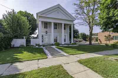 Columbus Single Family Home For Sale: 206 N Ludington St