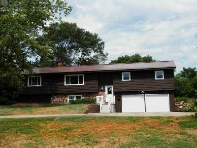 Pardeeville Single Family Home For Sale: N5448 Dunning Rd
