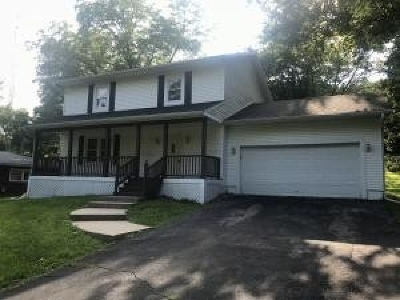 Walworth County Single Family Home For Sale: 180 Vernon St