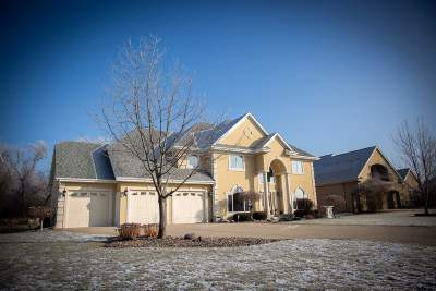 Milton Single Family Home For Sale: 4926 Sumpter Dr