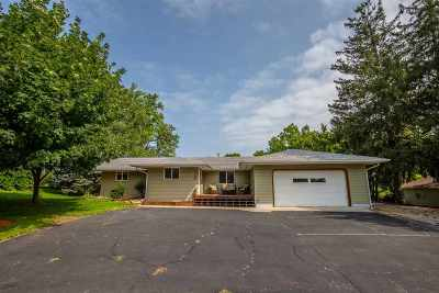 Iowa County Single Family Home For Sale: 406 W North St