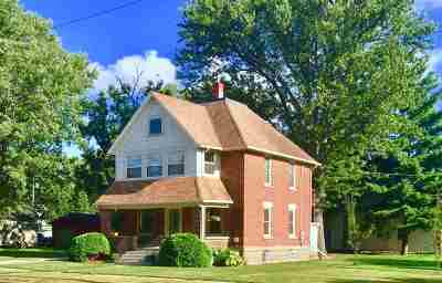 Prairie Du Sac Single Family Home For Sale: 97 Grand Ave