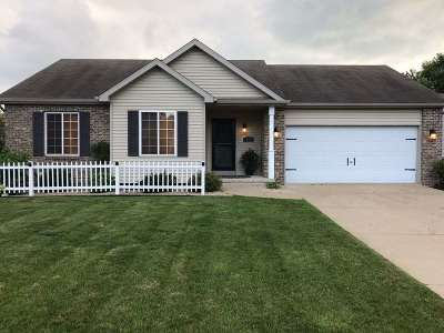 Mount Horeb WI Single Family Home For Sale: $312,000