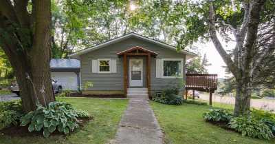 Mount Horeb Multi Family Home For Sale: 418 Lake St