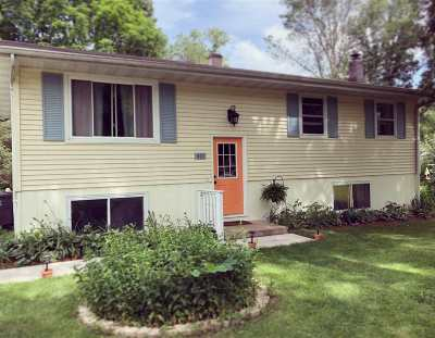 Stoughton Single Family Home For Sale: 817 N Madison St