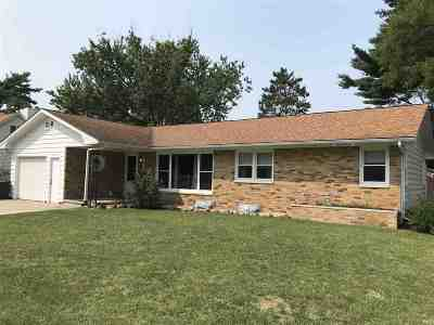 Sauk City Single Family Home For Sale: 331 Franklin St
