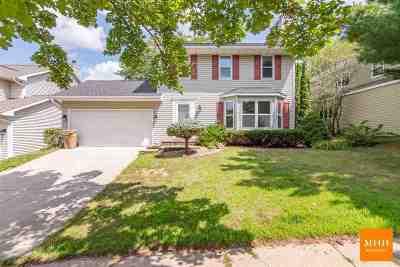Madison Single Family Home For Sale: 7809 E Oakbrook Cir