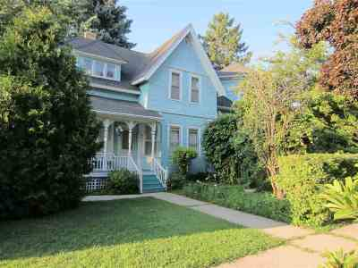Stoughton Single Family Home For Sale: 404 N Page St