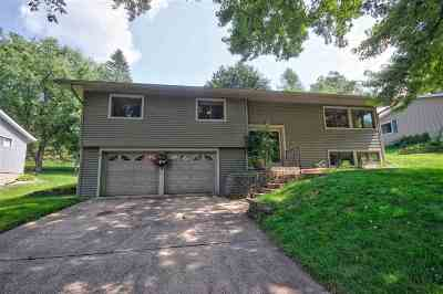 Mount Horeb WI Single Family Home For Sale: $259,900